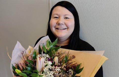 Ida Katrine Sara Mienna har blitt fagarbeider innen kontor- og administrasjonsfaget.