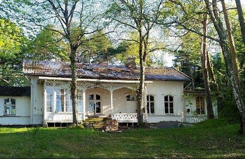 Villa Semb er ikke lenger den ærverdige boligen den en gang var.