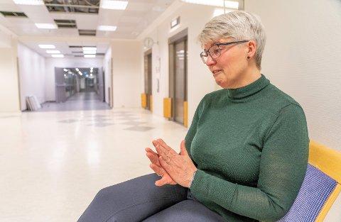 MOR: Ramona Lind forteller at legene har gitt beskjed om at sønnen ikke kommer til å våkne.