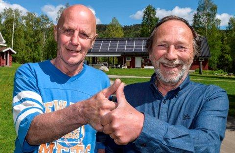 LAGER FESTIVAL: Musiker Knut Grue (t.v.) og campingplassvert Rune Selj lager festival sammen - Lyngstrandfestivalen - første helgen i juli.