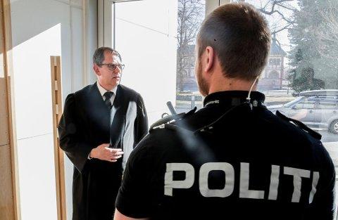 TIL ETTERETNING: – Vi tar til etterretning at retten har vurdert spørsmålet om tilståelsesrabatt annerledes enn det  påtalemyndigheten har gjort, sier statsadvokat Thorbjørn Klundseter.