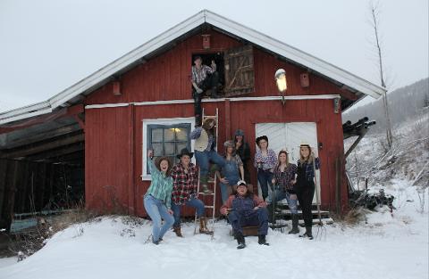 REVYKLARE: Det blir mye rednecks på Hvarnes-scenen til helgen.