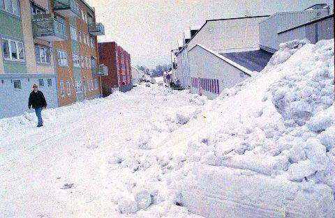 Snøen starter lett ut på søndagen, og øker i intensitet natt til mandag. Hele 20-30 centimeter på to døgn er ventet status når pauseknappen trykkes inn tidlig mandag ettermiddag.