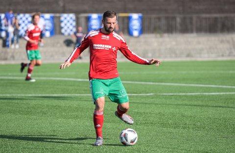 MISTER TROLIG SESONGAVSLUTNINGEN: Danilo Kuzmanovic fikk direkte rødt kort på tampen av Halsens oppgjør mot Strømsgodset 2 mandag kveld.