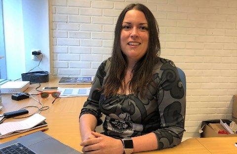 RYDDET OPP: Liv Maren Mæhre Vold, daglig leder/ansvarlig redaktør Alvdal midt i Væla AS, sier de må tilbakebetale støtte grunnet en misforståelse.