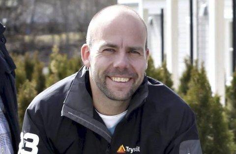 Styreleder i Pors-Garasjen, Kjetil Jordanger, er fornøyd med avtalen.
