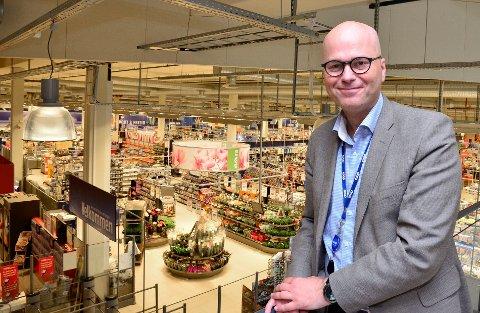 FORNØYD: Adm.direktør hos COOP Helgeland, Per Brochmann, ser lyst på framtida for selskapet.
