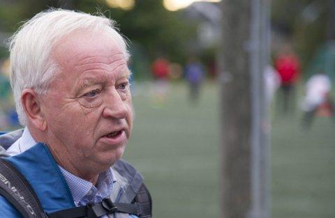 Venter: Leder Arne Kalstadstuen i interimsstyret for idrettsrådene forteller at de jobber med en modell for driftstilskudd ut fra de forskjellige eierstrukturene i kommunene. Foto: Andreas Lekang