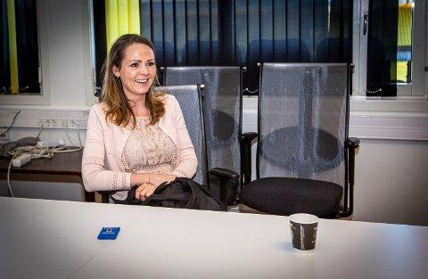 LSK-BESØK: Digitaliseringsminister Linda Hofstad Helleland er imponert over det LSK har fått til digitalt under koronakrisen.