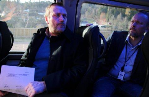 I RØYKEN: Malvin Bjorøy (til venstre) var tidligere kommunalsjef i Røyken.