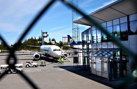 SOMMERTRAFIKK: Markedssjef Tine Kleive-Mathisen er fornøyd med sommerens flytrafikk.