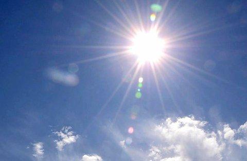 SOL: – Mange vil få sol for første gang siden 1. desember, skriver Meteorologisk institutt. (Illustrasjonsfoto/arkiv)