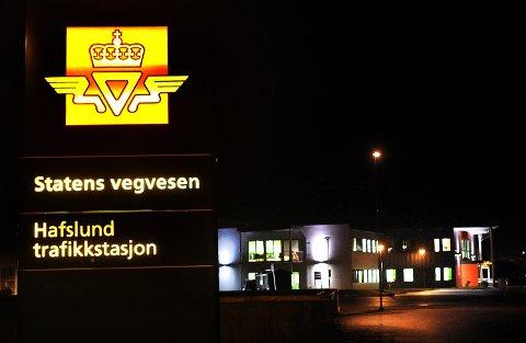 STRAMMER INN: Statens vegvesen strammer inn smittevernstiltakene på Hafslund trafikkstasjon.