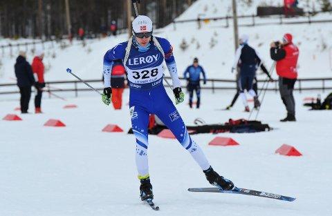 VM-KLAR: Simen Eliassen Kvarme ble nummer ti og 13 i helgas norgescuprenn i skiskyting for senior. Mandag kveld ble han tatt ut til junior-VM.