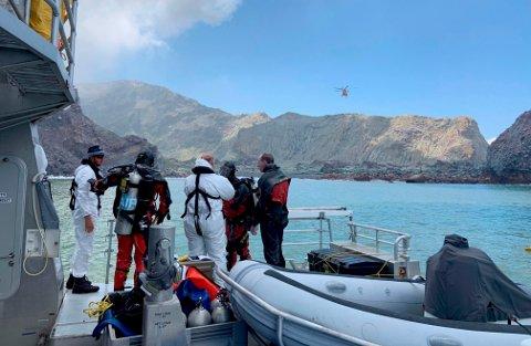 Vulkanutbruddet på New Zealand som skjedde mandag, har krevd 18 menneskeliv så langt.