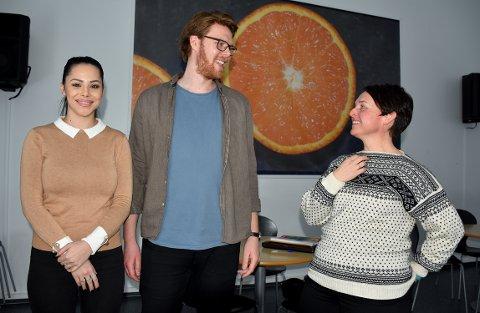 """INVITERT: Sara Nicole Andersen og Lars Ove Løseth fikk invitasjon til premieren av """"Stuck på sæntre"""" av prosjektleder Lisbeth Gausen."""