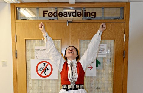 Anja Solvik var den første som trakk i buad for å protestere mot nedleggelse av fødeavdelingen i Kristiansund.
