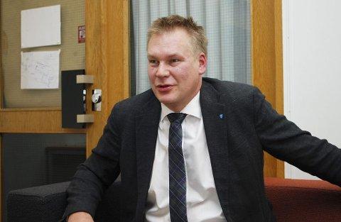 PROVOSERT: Høyre-politikeren synes ikke at det skal være akseptabelt å ha en profil som er pseudonym i Facebook-gruppen Færdertinget.