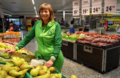 GRØNT LYS: Butikksjef Inger Lian er overrasket over hvor mye kundene har savnet den helt spesielle ekstraservicen under koronakrisen.
