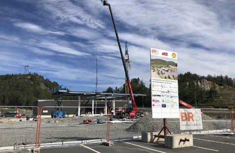 Tar form: Nå bygges den nye energistasjonen på Grenstøl. Ansettelsesprosessen er i full gang. Foto: Marianne Drivdal