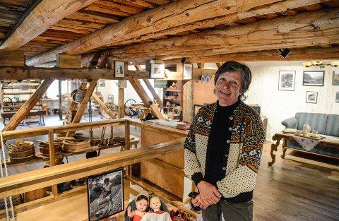 Gjennom eit heilt liv har Aud Kvåle samla gamle bruksgjenstandar - no er dei samla i låvemuseumet i Øvre Dalen.