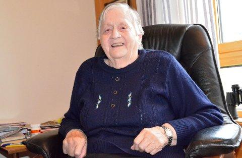 FLYTTET IKKE FRIVILLIG: Kristi Sørli (93) ville ikke flytte fra omsorgsboligen sin i Ulnes. Hun opplevde at hun ikke hadde noe valg. Det samme var tilfellet for Torny Marheim (32).