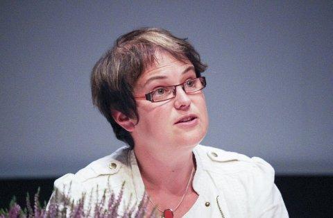 ORDFØREREN ER IKKE FORNØYD: Ragnhild Aashaug (Sp) kaller det kollektivrasering.  Arkivfoto: Tonje Hovensjø Løkken