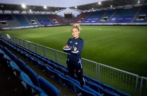 NY SESONG: Celin Bizet Ildhusøy har tatt store steg de siste årene. Nå er hun en av Vålerengas viktigste spillere.