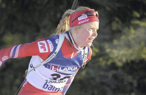 De to første ukene i mars blir VM i skiskyting arrangert i Holmenkollen. Vossingen Hilde Fenne er ikke blant de fem kvinnene som får representere Norge i VM på hjemmebane. I stedet skal hun delta i EM i Russland i slutten av denne måneden.