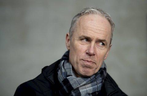 Selv om ingen ville si det direkte, var det ikke mye tvil om at Rune Soltvedt hadde fått sparken da nyheten sprakk mandag.