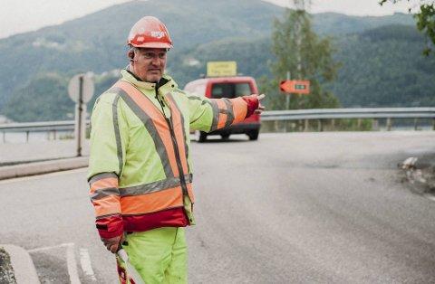 Trafikkdirigentene på norske veier må være hardhudet. Da BA ble med på E16 i 2019, fortalte flere om hets.