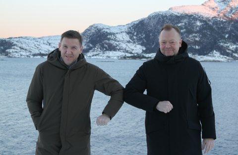 KINNVENER: Konserndirektør økonomi Roald Førde i INC Invest og leiar Bengt Solheim-Olsen i Flora Turlag.
