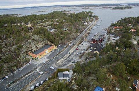 Ødegårdkilen: Når Rema kommer i Øedegårdskilen på Vesterøy, vil hele stedet bli regnet som kjøpesenter, og taket på 3.000 kvadratmeter blir fullstendig sprengt.                                  Foto: erik hagen