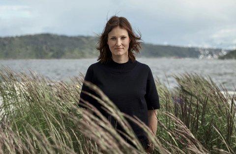 Agnes Ravatn er ute med sin andre roman etter «Fugletribunalet» (2013). Den nye, «Dei sju dørene», er en krimroman som kom nå i høst.