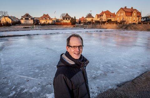 Lokalsamfunnsutvalgsleder Tor Erik Vindheim på Cicignon håper det kan bli en dialog om hvordan Tollbodplassen kan brukes mer, året rundt.