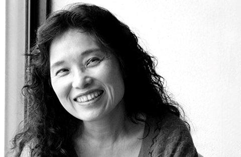 """POET: Hiromi Ito skriver lyrikk, og har gitt ut blant annet diktsamlingen """"Ete, pule, drite, føde, drepe, blø""""."""
