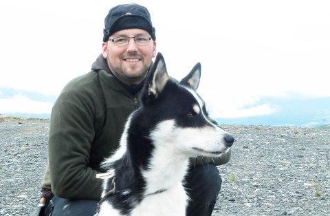 FÅR NY MEDARBEIDER: Tommy Sønsterud, fjelloppsyn og daglig leder i Lesja fjellstyre.