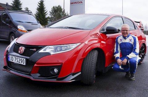LIDENSKAP FOR RACING: Vår biltester, Tom Einar Aaserud var full av lovord om nye racing Civic etter to dagers aktiv testkjøring.