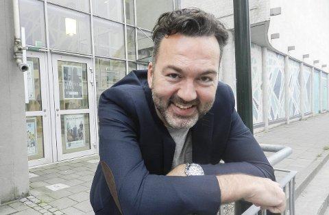 FORNØYD: – Flere artister velger seg Halden, melder daglig leder i Brygga kultursal, Martin Gundersen. Foto: Hanne Eriksen
