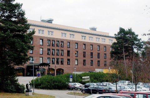 HELSEHUSET: Skal bygges om. Blir mer som et lokalsykehus.