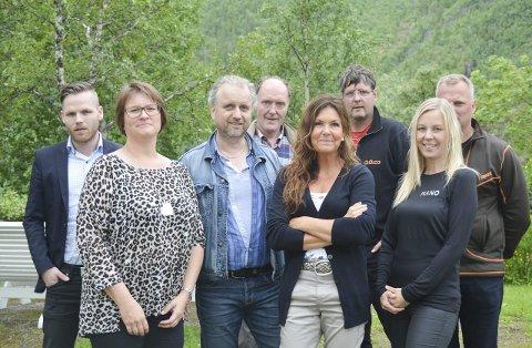 Hovedkomiteen: Foran fra venstre: Carina Kristiansen, Erika Bjørkås, Trine Holmen. Bak fra venstre: Karl-Øyvind Steinrud, Roar Møller, Kurt Havstein, Knut Olsrud, Per Einar Steinrud.