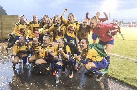 JUBEL: Etter en sen scoring kunne SIL-jentene juble for A-sluttspill.Nå møter de Askøy Sportsklubb i 16-delsfinalen.