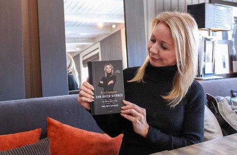 Blogger Anne Brith Davidsen, opprinnelig fra Mosjøen, fortalt i vår i sin nye bok om at hun anmeldte en politimann for trusler. Nå har Spesialenheten for politisaker konkludert med at politimannen har begått en tjenestefeil.