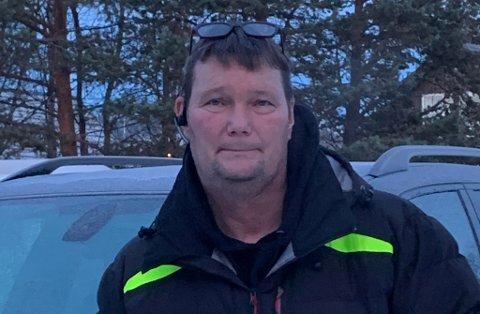 BERGER JULA: En familie får julehandelen dekket. - Hadde lyst til å hjelpe, sier Rune Olsen.