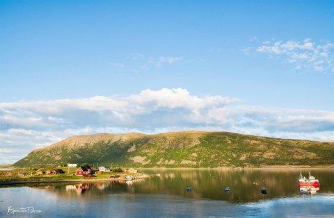 """FINNMARK I BILDER: Facebook-gruppen """"Finnmark i bilder"""" holder helgestengt. Administratorene er slitne av diskusjoner i gruppen. Bildet er fra Smiervuotna, eller Smørfjord om du vil."""