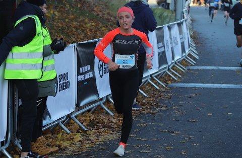 SJETTEPLASS: Maria Wiig (19) fra Bryne ble raskeste jærske kvinne i 3-sjøersløpet, og tok en fin sjetteplass.