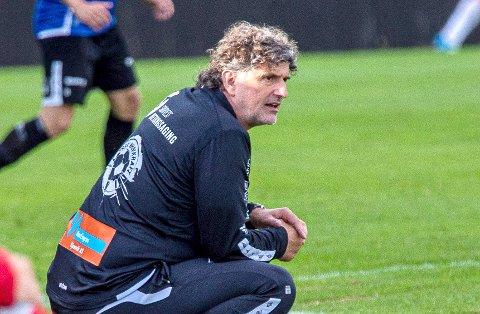 NY KAMP UTEN SEIER: Jan Halvor Halvorsen har sett laget sitt gå seks ligakamper uten seier, etter de hadde en forrykende start på sesongen.