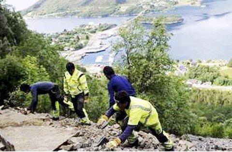 Med kraft og presisjon: Sherpaer har bidratt til mange flotte turstier i Norge de siste årene.
