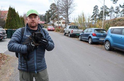 ESKALERT: Marius Torgersen bor i Holsts vei på Rove, og synes trafikkbildet har eskalert de siste årene.