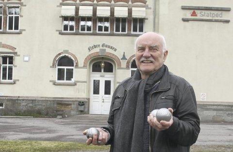 KJENT FJES: Lars Gunnar Lingås (72) skal lede Rødt i den lokale valgkampen. Foto: Arne Vidar Stølan